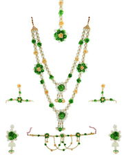 Check out Exclusive Flower Jewellery for Haldi Online at Best Price.